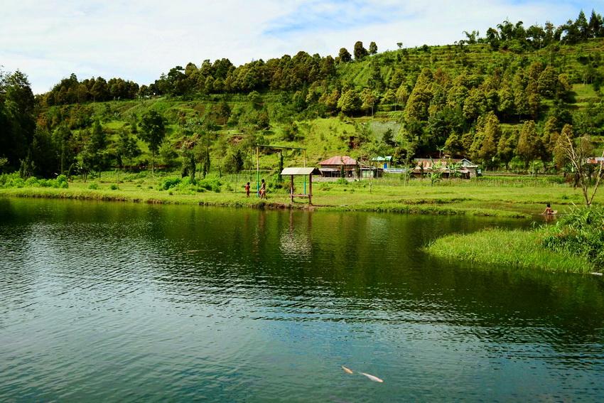 Sekilas Pandang Kabupaten Karanganyar