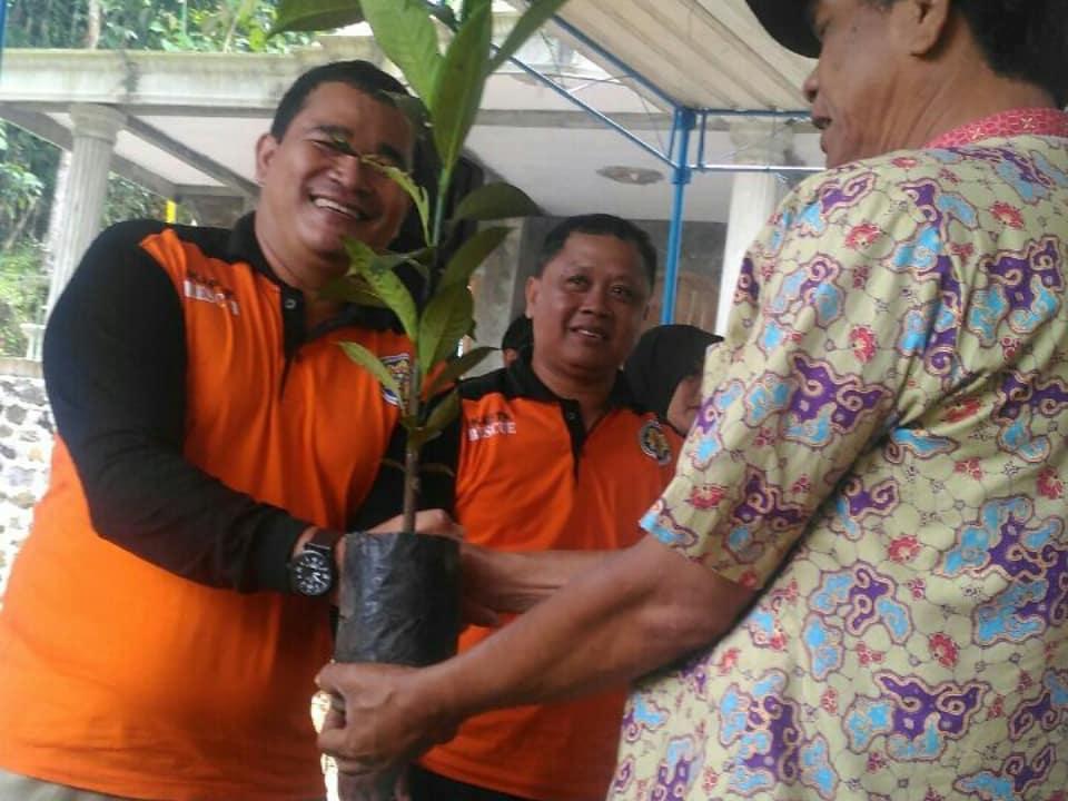 Penanaman Pohon dalam rangka Hari Air Sedunia